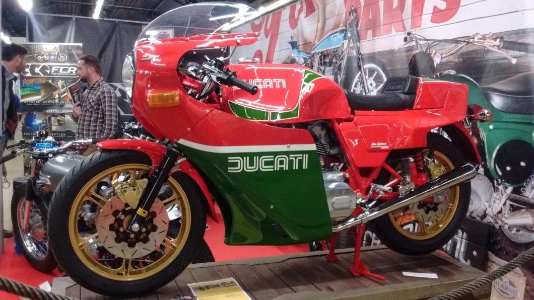 salon moto légende - ducati